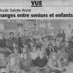 Echanges entre séniors et enfants à l'école de Vue